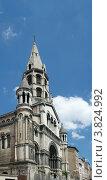 Купить «Церковь Доброго Пастыря (1883), Лион, Франция», фото № 3824992, снято 11 июля 2012 г. (c) Виктория Фрадкина / Фотобанк Лори