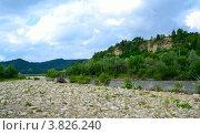 Берег горной реки. Стоковое фото, фотограф Артур Худолий / Фотобанк Лори