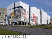 Торгово-развлекательный центр Вершина г. Сургут (2012 год). Редакционное фото, фотограф Сергей Бахадиров / Фотобанк Лори