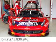 Купить «Автомобиль Ferrari 458 команды AF Corse участвует в Чемпионате Eвропы FIA GT3 на трассе Moscow Raceway в Подмосковье», эксклюзивное фото № 3830940, снято 1 сентября 2012 г. (c) Николай Винокуров / Фотобанк Лори