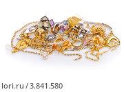 Купить «Женские ювелирные украшения на белом фоне», фото № 3841580, снято 12 июля 2012 г. (c) Elnur / Фотобанк Лори