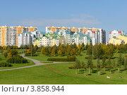 Купить «Ландшафтный парк в Митине», эксклюзивное фото № 3858944, снято 20 сентября 2012 г. (c) Валерия Попова / Фотобанк Лори