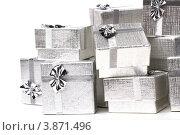 Купить «Много серебряных подарочных коробок», фото № 3871496, снято 3 сентября 2011 г. (c) Tatjana Romanova / Фотобанк Лори