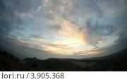 Купить «Закат в горах. Балаклава-Севастополь, Крым, Украина (таймлапс)», видеоролик № 3905368, снято 6 октября 2012 г. (c) Артем Поваров / Фотобанк Лори