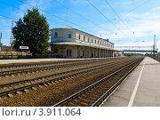 Железнодорожная станция Любань (2012 год). Стоковое фото, фотограф Андрей Небукин / Фотобанк Лори