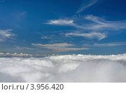Облака, небо. Фон. Стоковое фото, фотограф Владимир Бизюлев / Фотобанк Лори