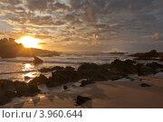 Закат на побережье Атлантики. Португалия. Алгарве. Каштележу ( Algarve; Praia; do Castelejo) (2012 год). Стоковое фото, фотограф Виктория Катьянова / Фотобанк Лори