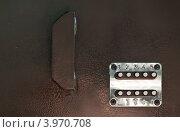 Купить «Кодовой замок на металлической двери», фото № 3970708, снято 17 мая 2012 г. (c) Яков Филимонов / Фотобанк Лори