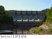 Плотина гидроэлектростанции. Стоковое фото, фотограф Роберт Ивайсюк / Фотобанк Лори