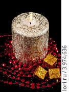 Купить «Новогодняя свеча», фото № 3974636, снято 24 ноября 2011 г. (c) Юлия Кашкарова / Фотобанк Лори