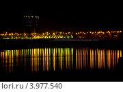 Ночные огни Краснодара (ул. Кубанская набережная) (2012 год). Редакционное фото, фотограф Марина К. / Фотобанк Лори