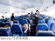 Купить «В салоне самолета Ил-96. Чартерный рейс», эксклюзивное фото № 3978936, снято 17 июня 2012 г. (c) Володина Ольга / Фотобанк Лори