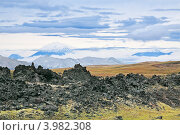 Купить «Камчатка, горный пейзаж. Выветривание вулканической лавы у подножия вулкана Горелый», фото № 3982308, снято 17 сентября 2011 г. (c) Игорь Долгов / Фотобанк Лори