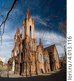 Купить «Красноярский Органный зал, Римско-католический костел, готическое здание», фото № 4013116, снято 7 ноября 2010 г. (c) Nikitin / Фотобанк Лори