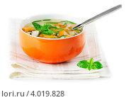 Купить «Тарелка с овощным супом», фото № 4019828, снято 26 июля 2012 г. (c) Tatjana Baibakova / Фотобанк Лори