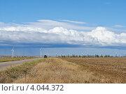 Ветряки в крымской степи осенью (2012 год). Стоковое фото, фотограф Елена Ермоленко / Фотобанк Лори