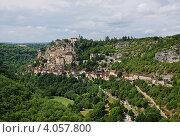 Древний Рокамадур на фоне долины реки Алзу (2012 год). Стоковое фото, фотограф Екатерина Рыжова / Фотобанк Лори
