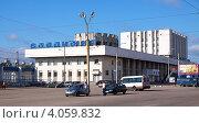 Купить «Железнодорожный вокзал во Владимире», эксклюзивное фото № 4059832, снято 14 июня 2012 г. (c) Яков Филимонов / Фотобанк Лори