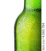 Купить «Бутылка пива с каплями воды», фото № 4060784, снято 28 ноября 2012 г. (c) Сергей Телеш / Фотобанк Лори
