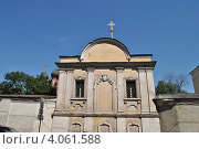 Купить «Высоко-Петровский монастырь, Москва», эксклюзивное фото № 4061588, снято 30 июля 2012 г. (c) lana1501 / Фотобанк Лори