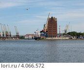 Купить «Калининградский порт», эксклюзивное фото № 4066572, снято 25 июня 2008 г. (c) Ната Антонова / Фотобанк Лори