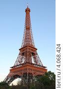 Эйфелева башня (2011 год). Стоковое фото, фотограф Алексей Полумордвинов / Фотобанк Лори