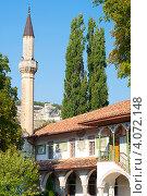 Купить «Бахчисарайский дворец. Крым, Украина», фото № 4072148, снято 5 сентября 2012 г. (c) Елизавета Александрова / Фотобанк Лори