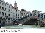 Венеция, мост Rialto (2012 год). Редакционное фото, фотограф Василий Шульга / Фотобанк Лори