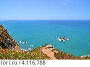 Скалистое побережье в Португалии (2012 год). Стоковое фото, фотограф юлия заблоцкая / Фотобанк Лори