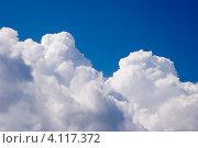 Купить «Белые кучевые облака на небе», фото № 4117372, снято 3 июля 2006 г. (c) Александр Лицис / Фотобанк Лори