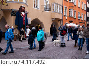 Купить «Улочка в старом Инсбруке. Тироль. Австрия», фото № 4117492, снято 9 декабря 2012 г. (c) Владимир Артев / Фотобанк Лори