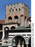 Купить «Башня на территории Рильского монастыря, Болгария», фото № 4124128, снято 4 сентября 2012 г. (c) Валерий Шанин / Фотобанк Лори