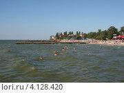 Пляж на Ейской косе, город Ейск (2012 год). Стоковое фото, фотограф Алексей Гусев / Фотобанк Лори