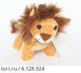 Лев, мягкая игрушка (2012 год). Редакционное фото, фотограф Антон Жигаев / Фотобанк Лори