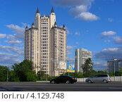 Купить «Давыдковская улица, 3, Москва», эксклюзивное фото № 4129748, снято 26 мая 2012 г. (c) lana1501 / Фотобанк Лори