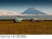 Купить «Полевой аэродром», фото № 4130892, снято 14 сентября 2006 г. (c) Александр Лицис / Фотобанк Лори
