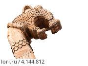 Купить «Фрагмент деревянного корабля викингов, изолировано на белом фоне», фото № 4144812, снято 17 августа 2019 г. (c) EugeneSergeev / Фотобанк Лори