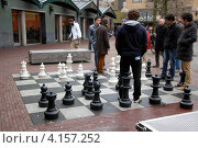 Купить «Шахматный дворик в Амстердаме, Голландия», фото № 4157252, снято 23 декабря 2012 г. (c) Светлана Колобова / Фотобанк Лори