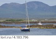 Яхта на воде готова к регате. Ирландия (2012 год). Стоковое фото, фотограф Татьяна Фелпс / Фотобанк Лори