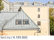 Купить «Окна мансарды», эксклюзивное фото № 4189860, снято 7 октября 2010 г. (c) Алёшина Оксана / Фотобанк Лори