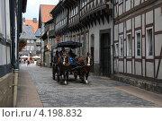 Купить «По средневековым улицам», фото № 4198832, снято 11 августа 2012 г. (c) Борис Кунин / Фотобанк Лори