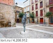 Купить «Памятник Castelao в городе Оренсе в Испании», эксклюзивное фото № 4208912, снято 26 сентября 2012 г. (c) Владимир Чинин / Фотобанк Лори