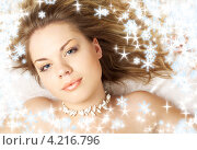 Купить «Очаровательная стройная молодая женщина с длинными русыми волосами на белом фоне», фото № 4216796, снято 3 августа 2006 г. (c) Syda Productions / Фотобанк Лори