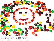 Смайл из конфет. Стоковое фото, фотограф Денис Артемов / Фотобанк Лори