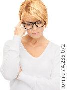 Купить «Строгая деловая женщина со светлыми волосами в белой блузке», фото № 4235072, снято 26 сентября 2010 г. (c) Syda Productions / Фотобанк Лори