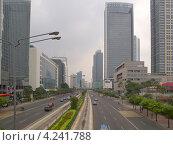 Купить «Вид на деловой район Джакарты», фото № 4241788, снято 26 октября 2012 г. (c) Андрей Голубев / Фотобанк Лори