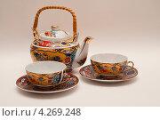 Маленький чайный сервиз. Стоковое фото, фотограф Александр Дубровский / Фотобанк Лори