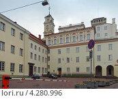 Здание Вильнюсской университетской библиотеки, Вильнюс, Литва (2012 год). Редакционное фото, фотограф Анна Мишина / Фотобанк Лори