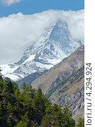 Купить «Летние Альпы в Швейцарии», фото № 4294924, снято 7 июня 2012 г. (c) Юрий Брыкайло / Фотобанк Лори