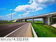 Эстакада над шоссе, фото № 4332616, снято 5 мая 2012 г. (c) pzAxe / Фотобанк Лори